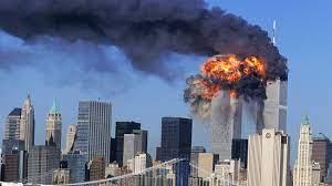IMAGINILE CLARE cu momentul în care primul avion intră în Turnurile Gemene  din New York | PUBLIKA .MD - AICI SUNT ȘTIRILE